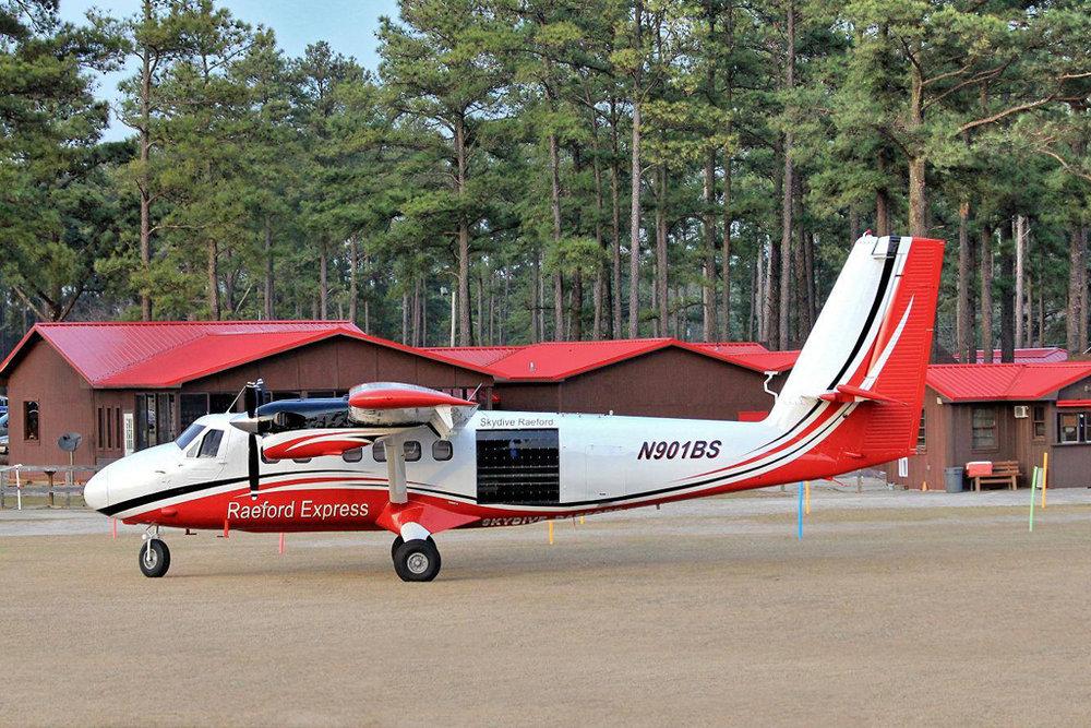 Raeford Aviation Photo © Raeford, NC