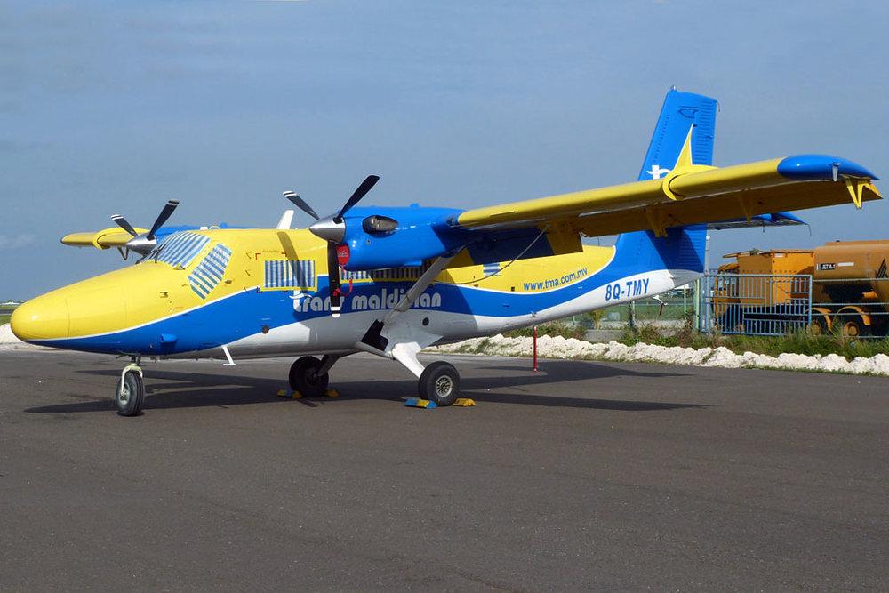 Planes & Parts Photo © Male 31-Jul-2011