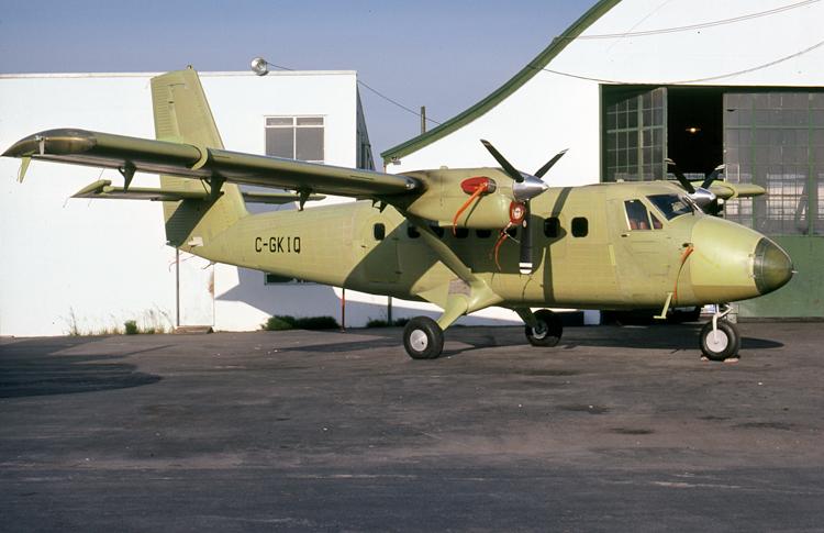 C-GKIQ-750-2.jpg
