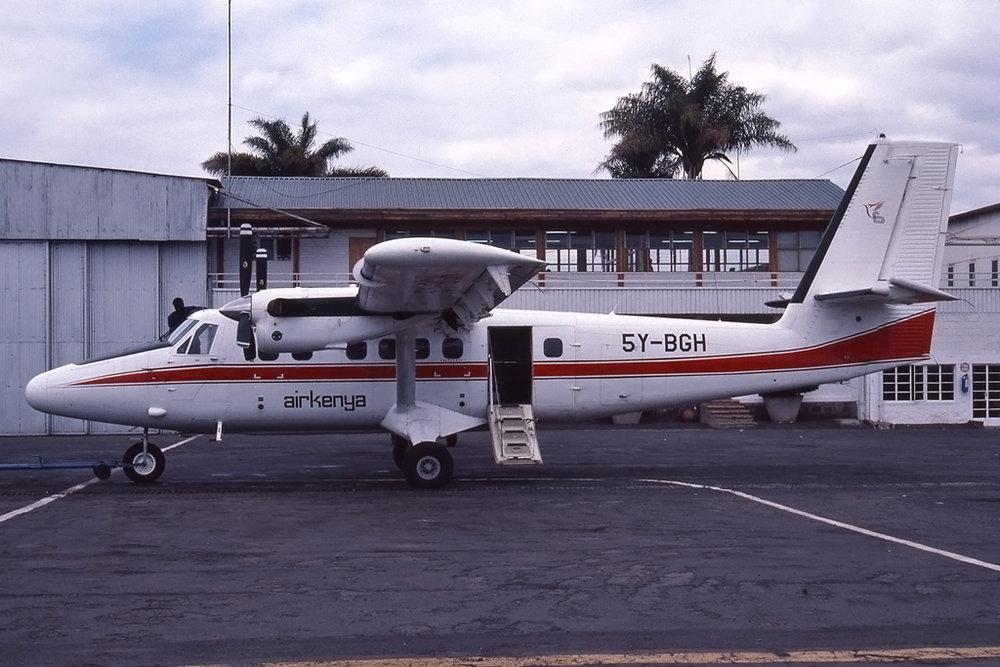 574_5Y-BGH_UNK_NAIROBI-WILSON_AUG1990_1024.JPG