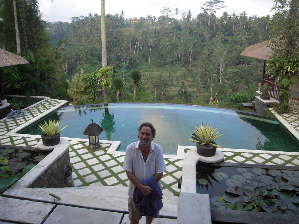 BALI 2014 -- Joel Singer at neighbor's pool.JPG