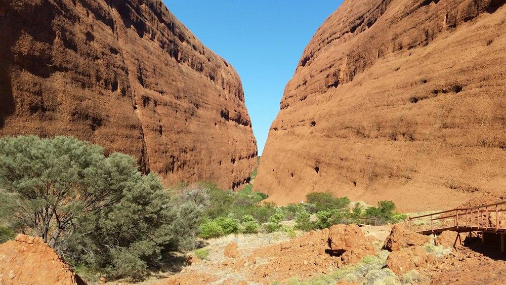 Kata Tjuta, near Uluru (Ayers Rock).jpg