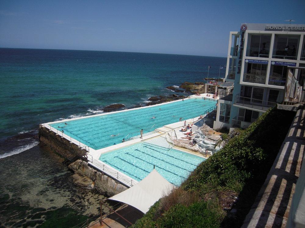 2013 Australia -- Sydney, Bondi Beach.JPG