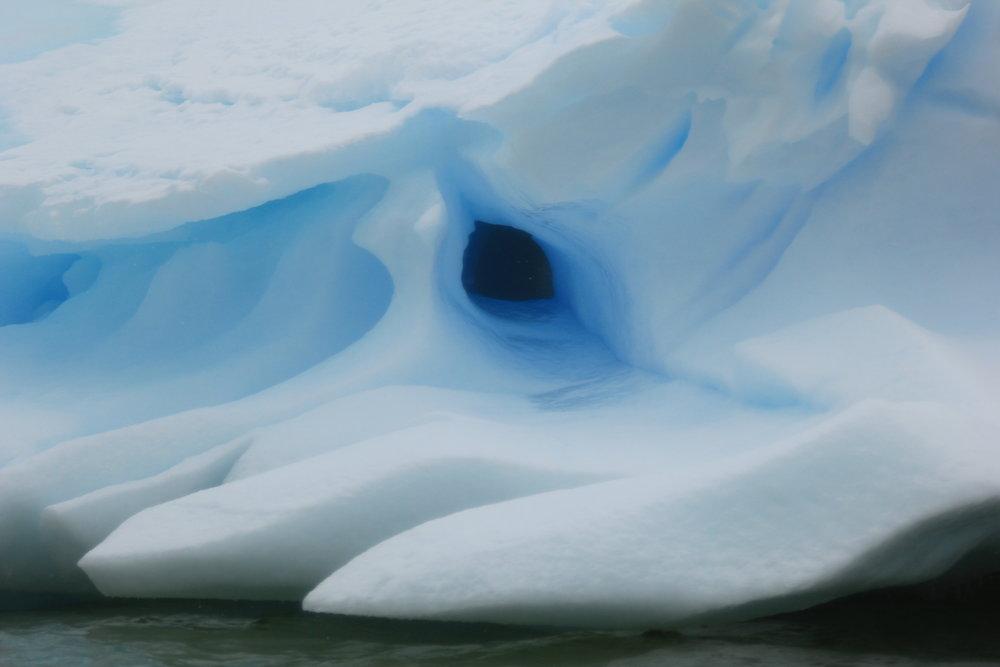ANTARCTICA -- Icebergs (Bob Hodgson photo)  (3).JPG