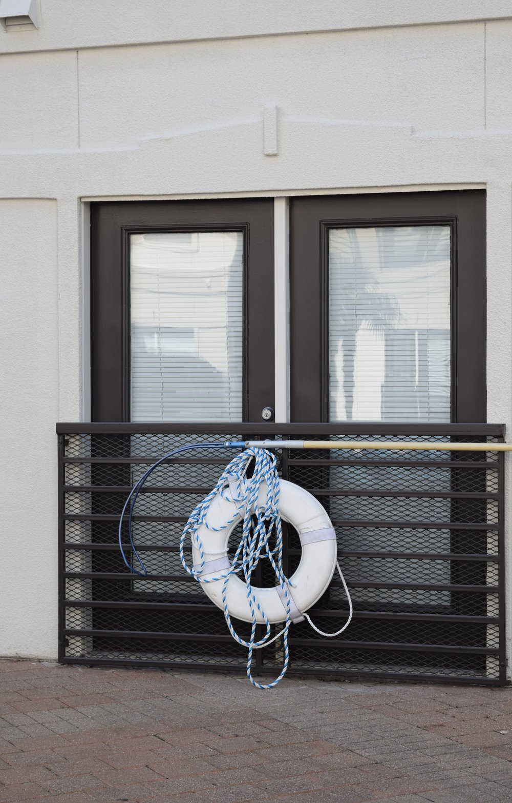 dallas-airbnb-pool-side.jpg