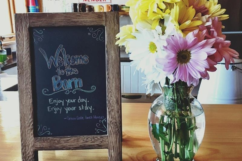 Barnhome Kitchen Welcome Flowers.jpg