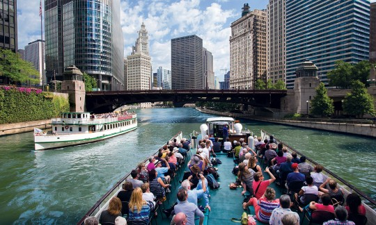 xw_m_chicago-architecture-foundation-river-cruise-chica-4.jpg
