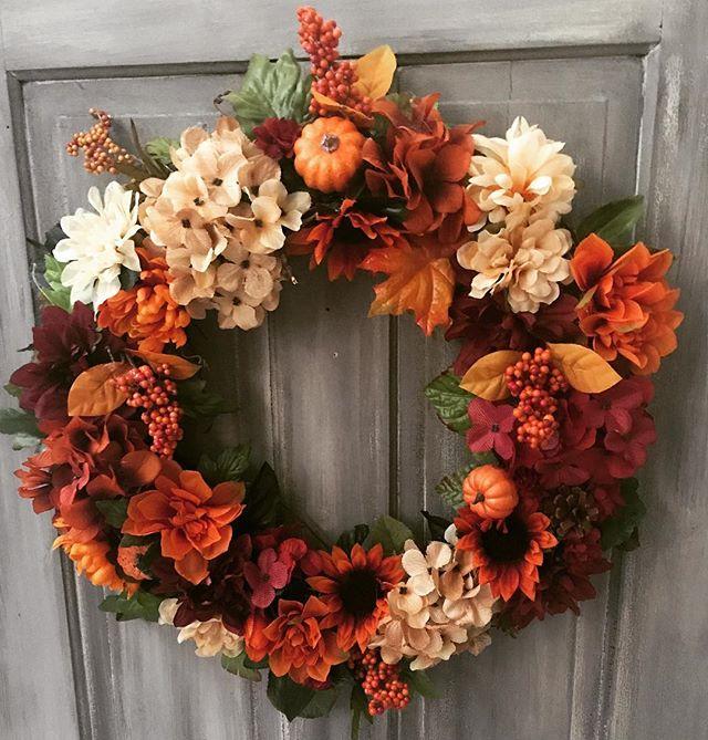 Can't believe it's #fall already!! #falldecor #wreath #fallflowers #grapevine #doordecor @lhbdesigns #lhbdesigns