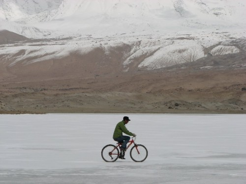 cycle-ice-river-500x375.jpg