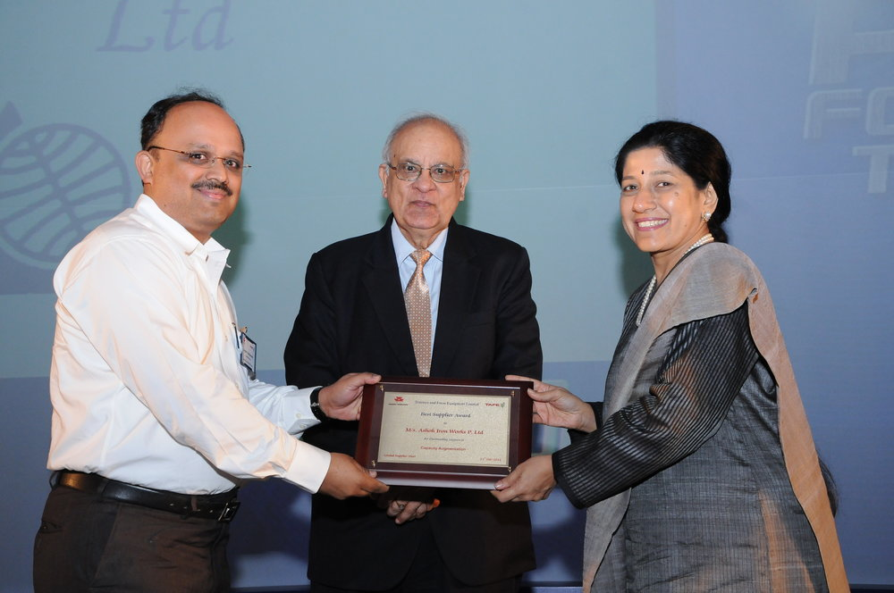 TAFE Award Photo-2012.JPG