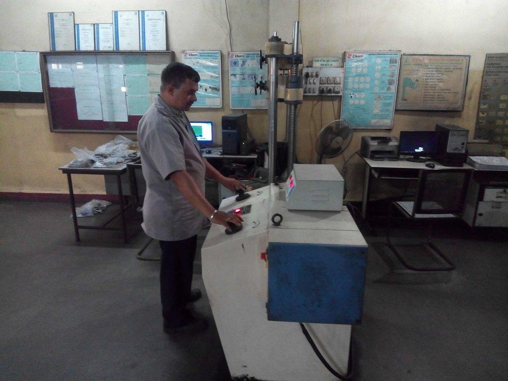 Tensile testing machine for casting_11.jpg