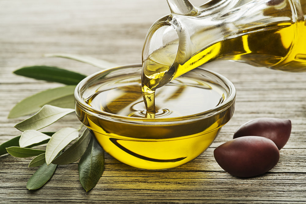 Extra Virgin Olive Oil (Image Source: Getty Images)