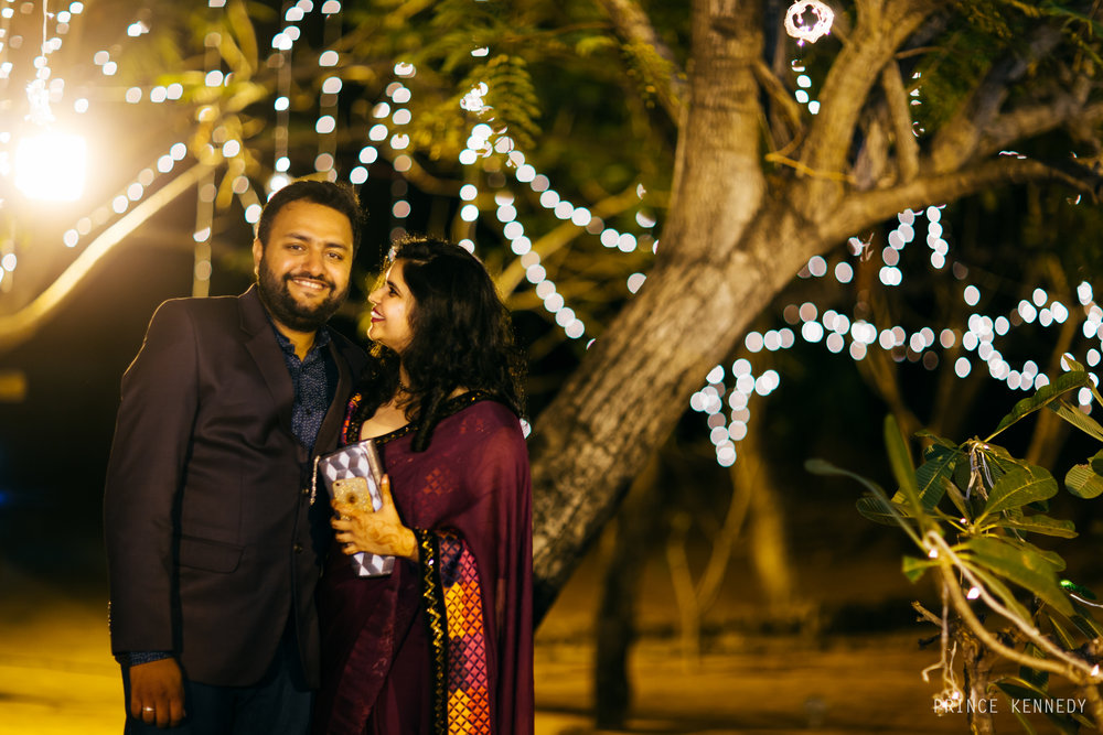 Athmajja-Nithesh-Engagement-Couple-Portrait-Portraiture-Wedding-Couple-Portrait-Chennai-Photographer-Candid-Photography-Destination-Best-Prince-Kennedy-Photography-192.jpg