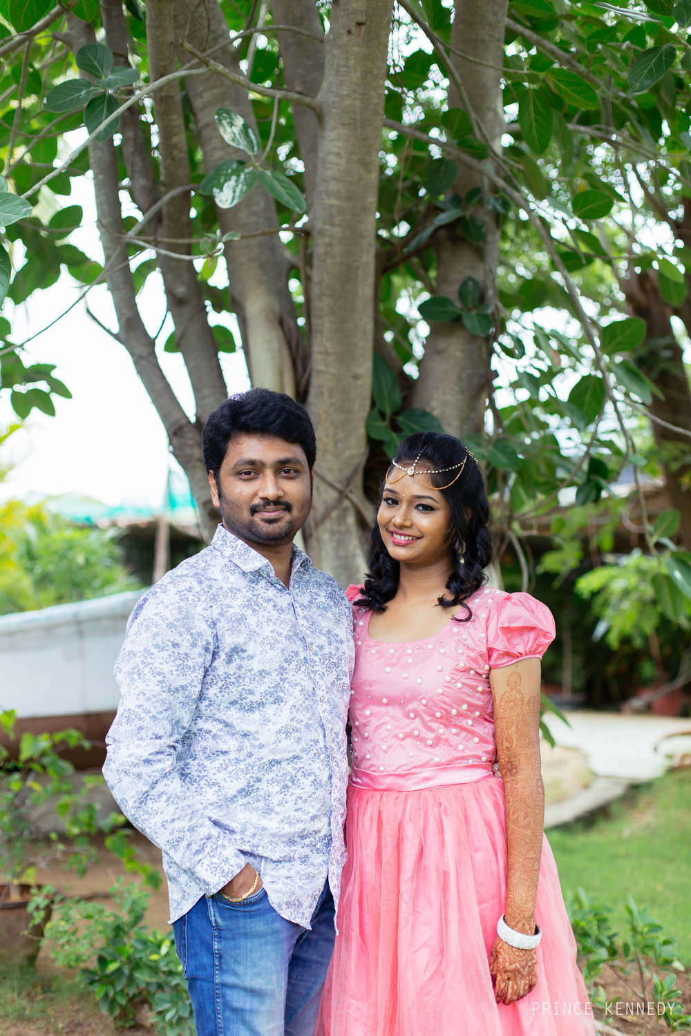 Engagement-Couple-Portrait-Portraiture-Wedding-Couple-Portrait-Chennai-Photographer-Candid-Photography-Destination-Best-Prince-Kennedy-Photography-46.jpg