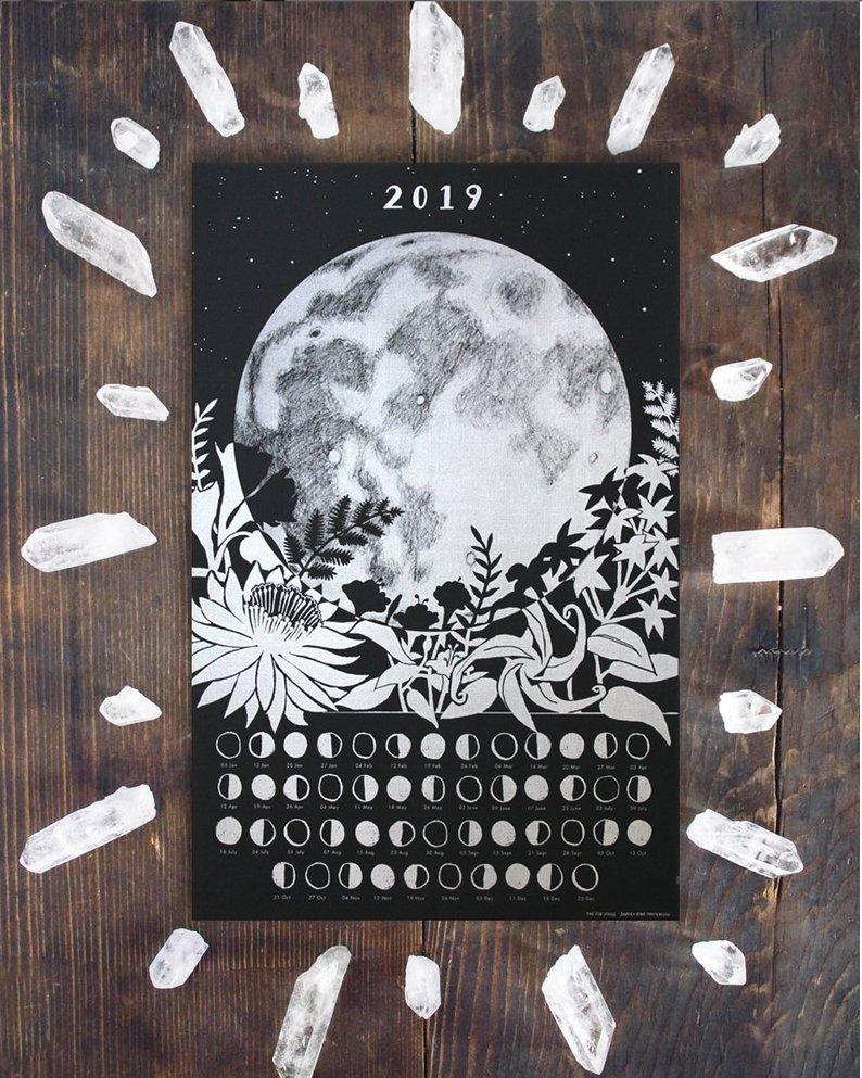 moon calendar.jpg