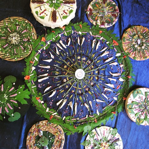 Community - If you have been inspired to make your own nature mandalas, I would love to showcase your art on my community page. To be featured, please send your name, your city/town and a photo of your nature mandala via the 'email envelope' link here.Also, please follow and share on Instagram using tag @naturemandala.art