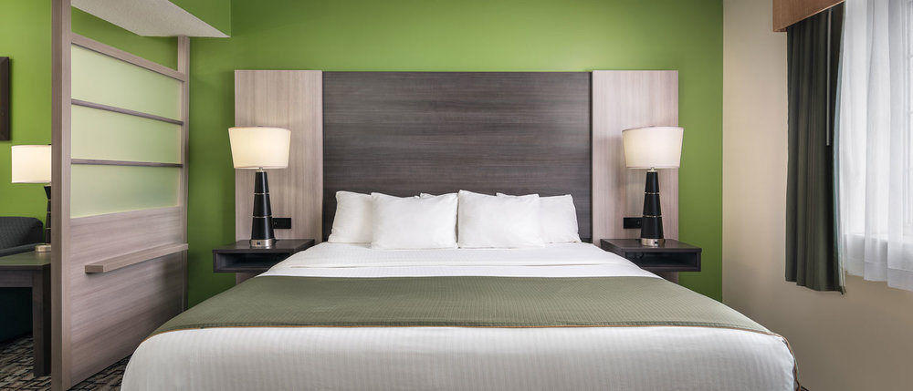 Simplicity Plus Signature Hotel Line | Headboard Wall