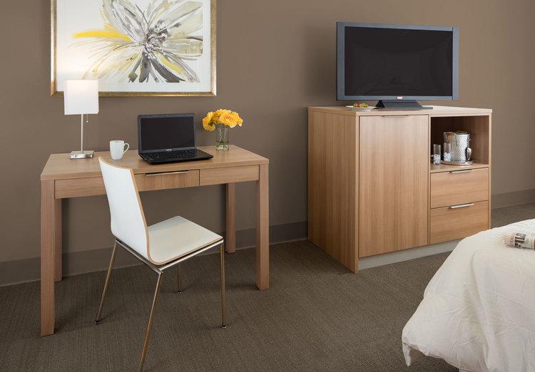 Simplicity Signature Hotel Line | TV Wall