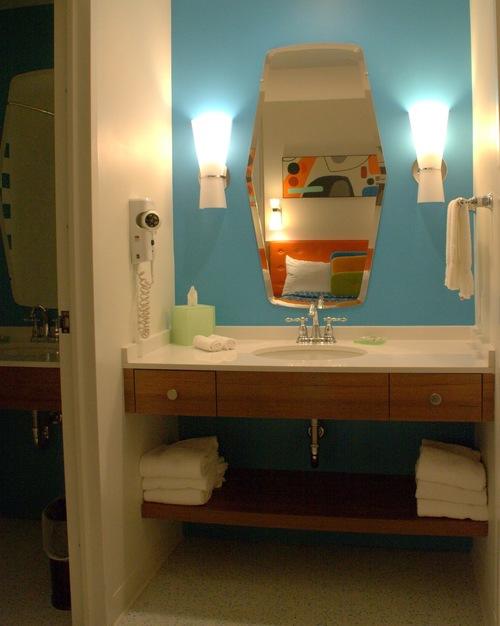 Universal Studios - Cabana Bay Beach Resort | Bathroom Vanity