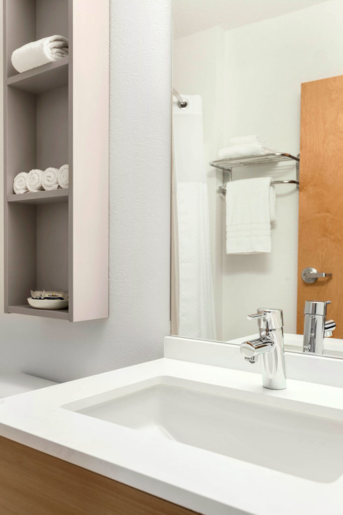 Microtel | Bathroom Vanity