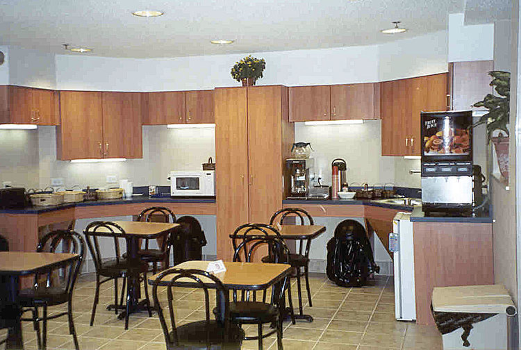 Microtel Classics | Breakfast Area