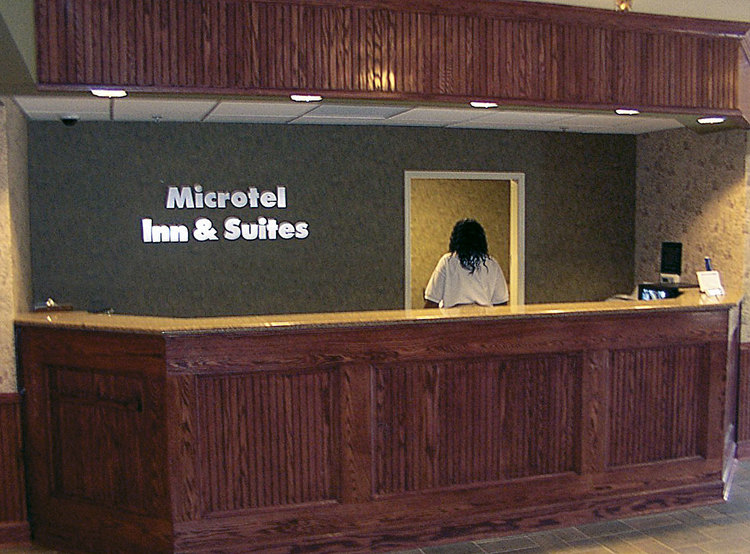 Microtel Classics | Reception Desk