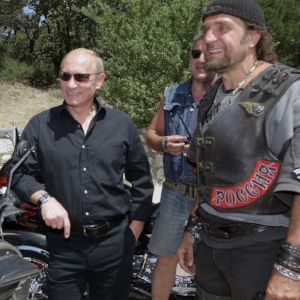 And did you know that most famous Vladimir in Russia is from St Petersburg! On the rights, Vladimirs best biker friend Alexander Zaldostanov (Surgeon).