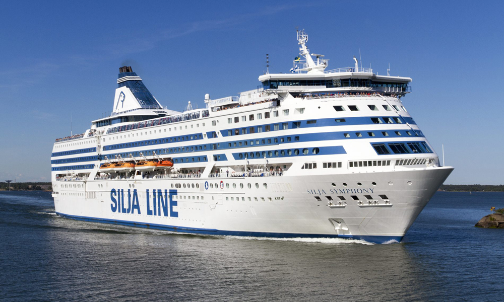 BY FERRY - How to reach Helsinki / Tallinn?