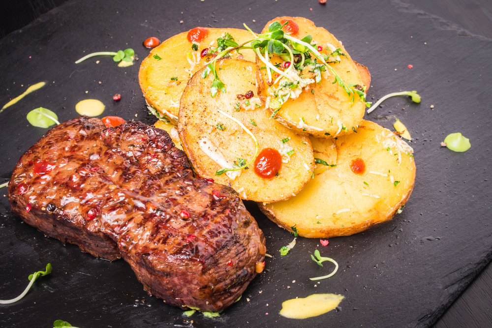 NEW YORK STRIPS STEAK WITH SARLADAISE POTATOES