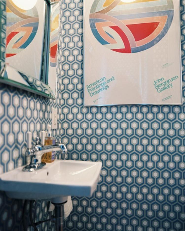 Frank-Stella-print-powder-room-David-Hicks-wallpaper-via-Lonny.jpg