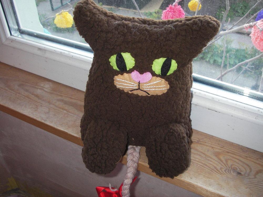 grumpy furry cat.jpg