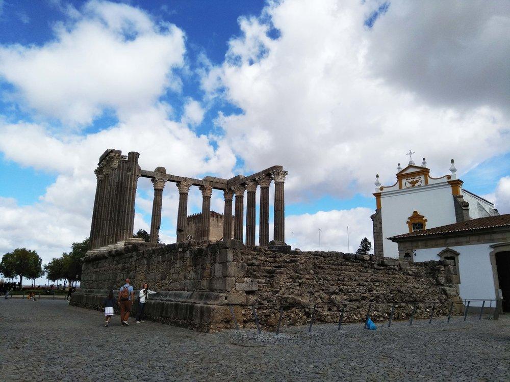 Evora Temple of Diana.jpg