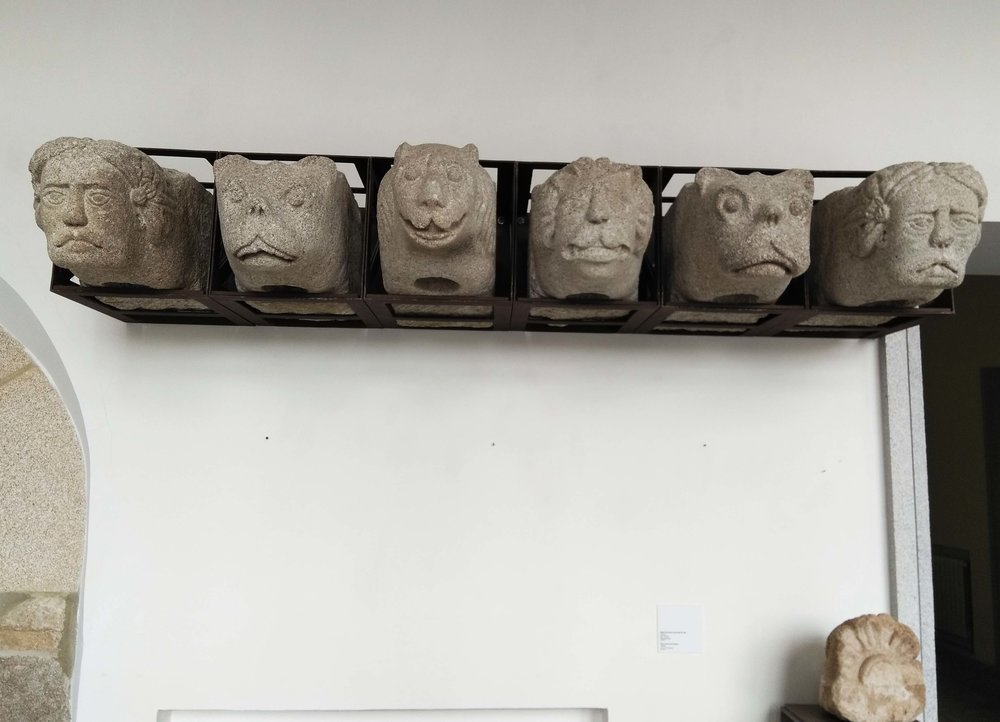Evora Funny Faces.jpg