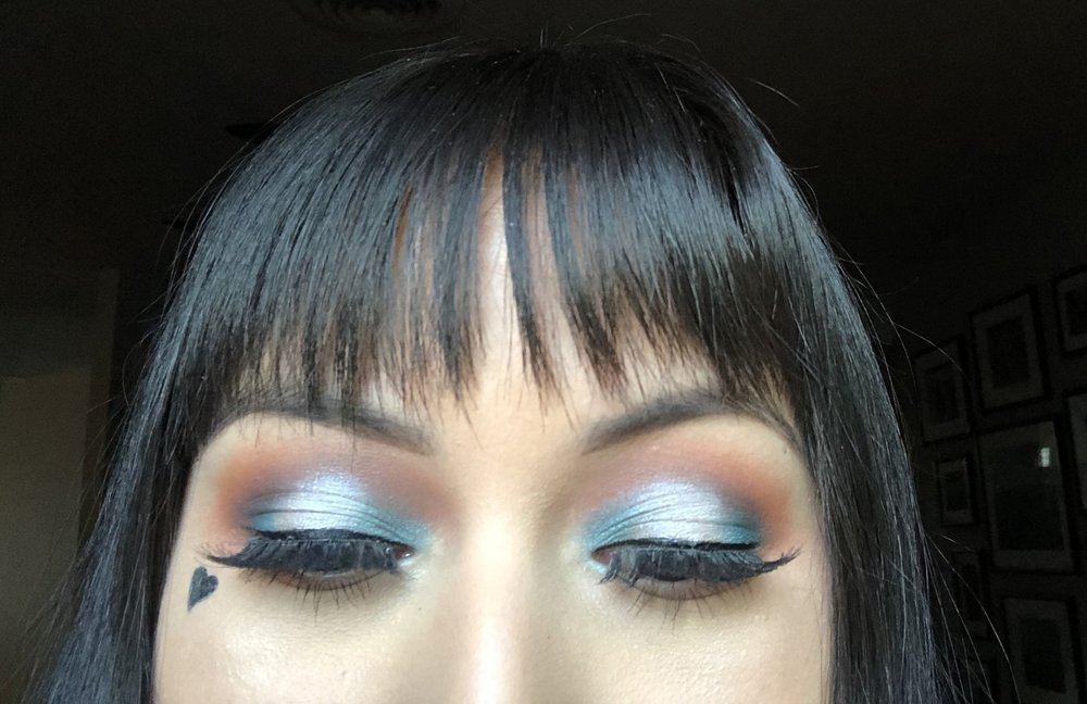 blue halo eyeshadow