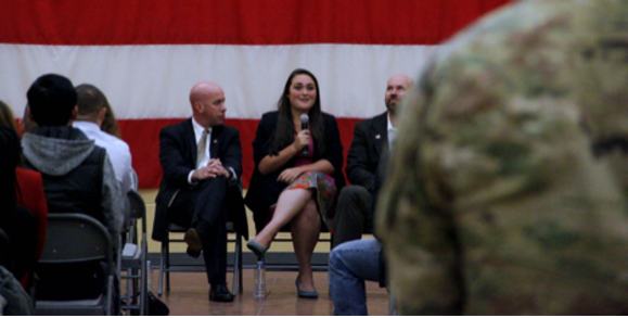 CHS Chief Human Resources Officer (left) Adam Holton and FASTPORT Content Manager Paige Thompson (right) discuss career opportunities at JBLM Transitioning Summit (boasting 1,500+ service members registered) in the agricultural industry for those transitioning from military service.