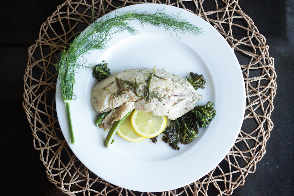 Lemon Fennel Tilapia - A lean, light, and fresh way to recuperate from the coveted holiday binge.Click the image for the full recipe!
