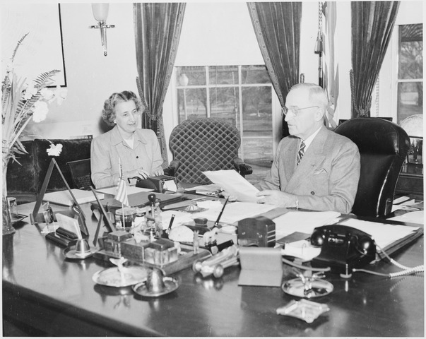lossy-page1-603px-Photograph_of_President_Truman_at_work_at_his_desk_in_the_Oval_Office_dictating_to_his_secretary_Rose_Conway._-_NARA_-_199481.tif.jpg
