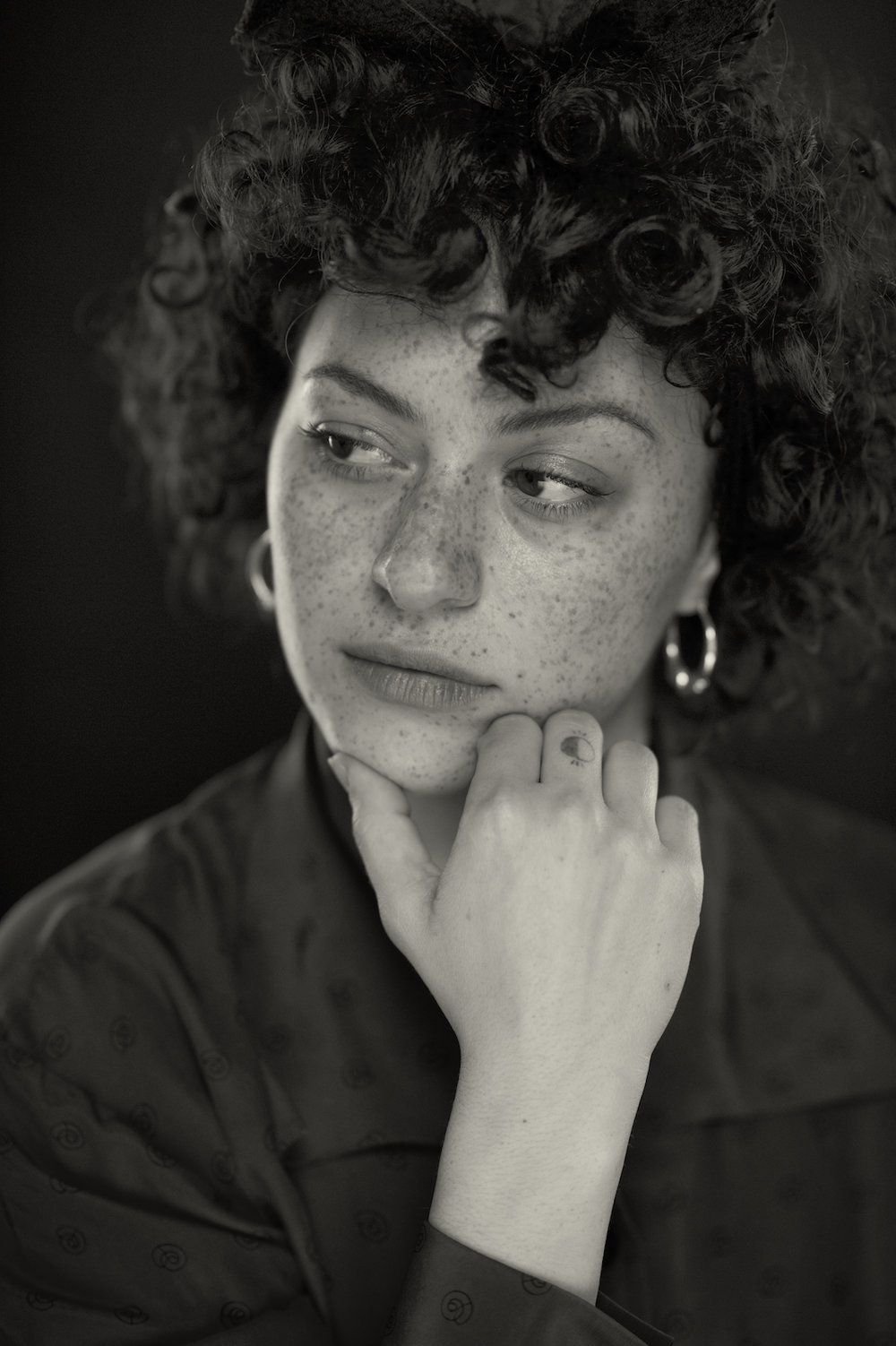 A New Orleans studio portrait headshot of Alia Shawkat.  Image by New Orleans based portrait photographer, Marc Pagani