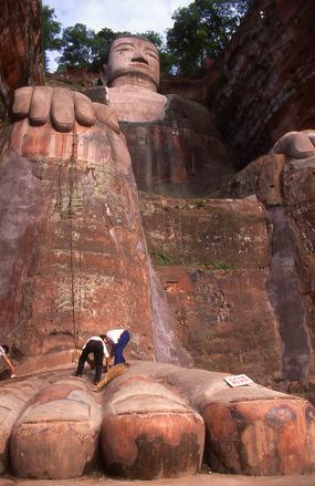 giant-buddha-1224195.jpg