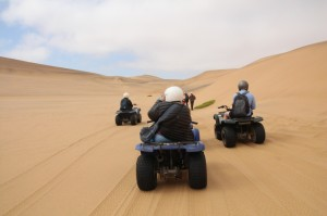 Quadbiking in the Namib dines near Swakopmund