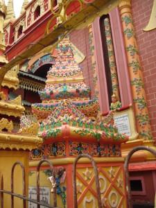 Thanboddhay Paya decorations