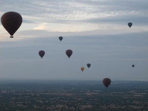 Balloons aloft!  (photo by Maia Coen)