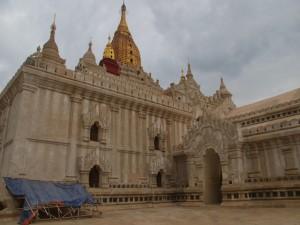 Ananta Pagoda (photo by Maia Coen)