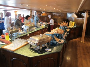 Nile cruise breakfast buffet