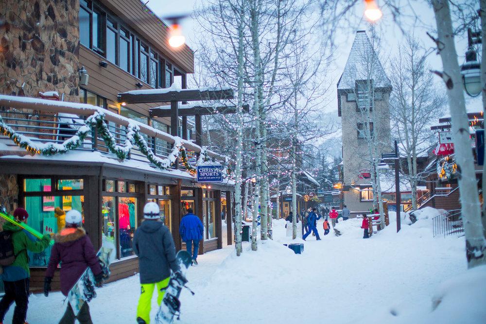 Snowmass_Mall_HW16-998284_NoExp.jpg