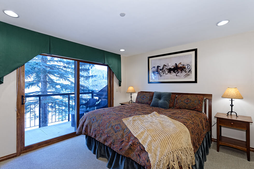 Crestwood Condominiums 3 Bed Loft Premier 07.jpg