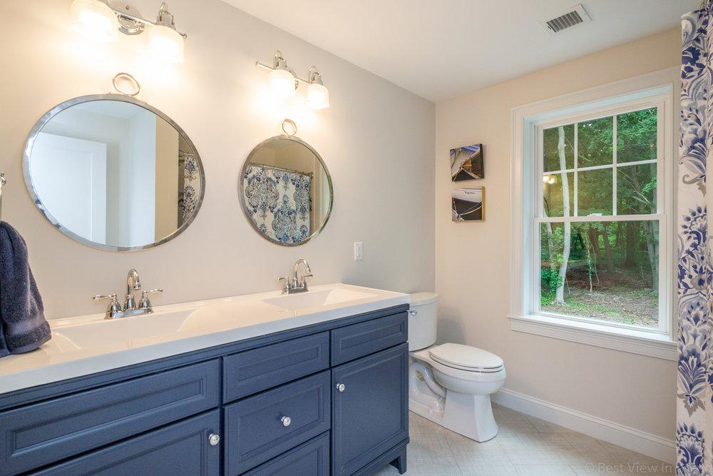 13 Master Bathroom-1.jpg