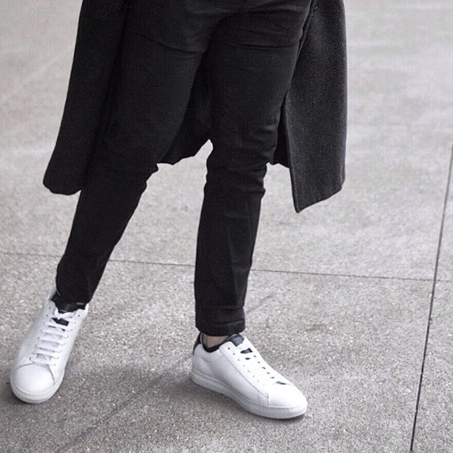 Best foot forward this week. . . . . #morningcoffee #outfitinspo #hm #menswear #style #fashion #fashionista #minimalist #bare #neutralist #lines #louisville #city #downtown #motivation