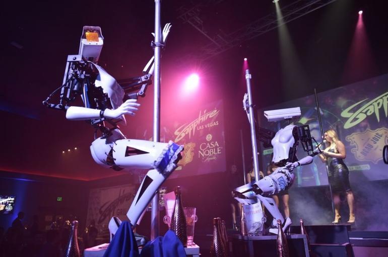 pole-dancing-robots.jpg