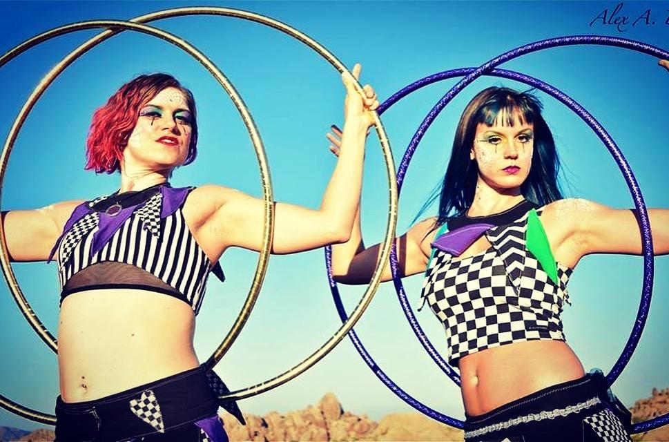 Hoop Dance -